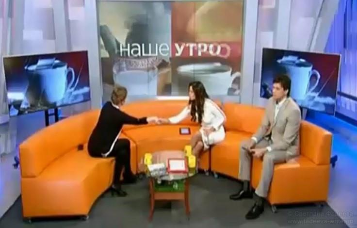 Телеканал ОНТ, программа «Наше утро». Гость — детский писатель Светлана Фадеева