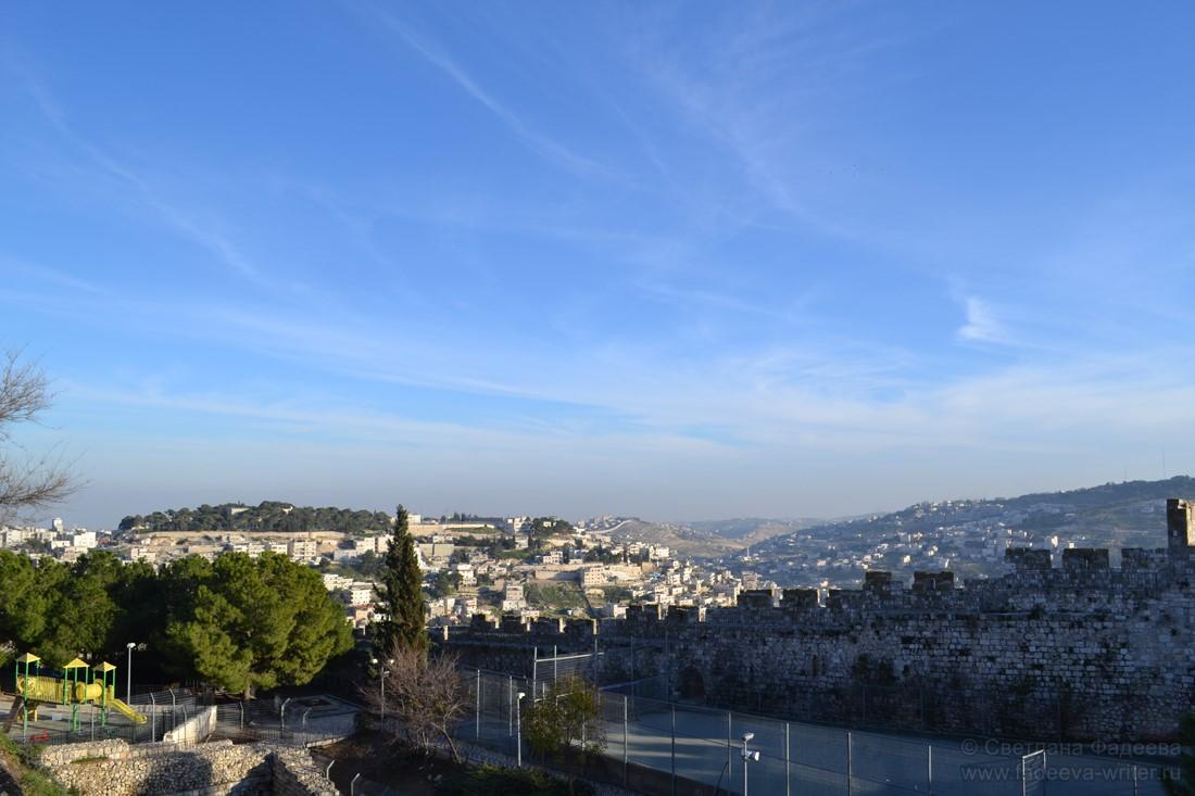 Иврит, шабат и добрые израильтяне